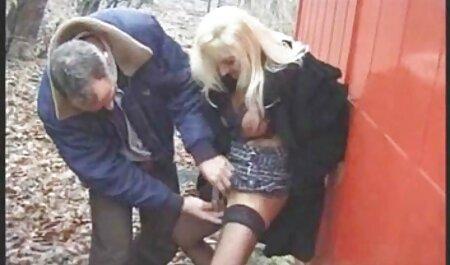ささやかな顧客は足コキを得る 女の子 向け アダルト ビデオ