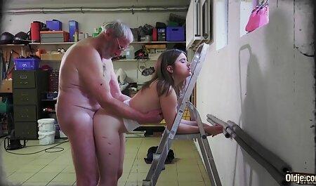 男は甲殻類をお尻に横に置いた av 女性 無料